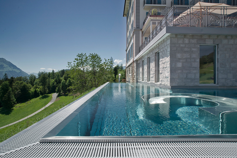 villa honegg ennetburgen switzerland hooplahotels. Black Bedroom Furniture Sets. Home Design Ideas
